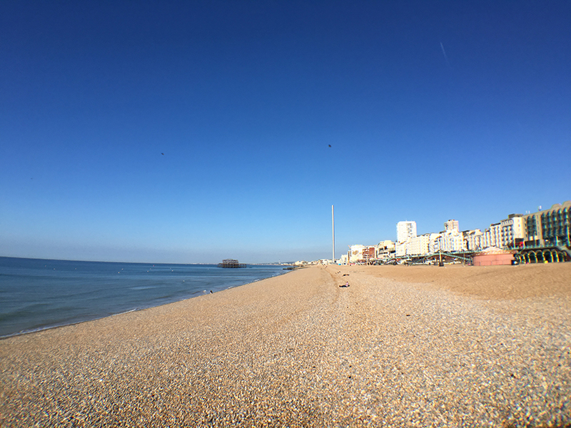 Day trip idea from London: colorful Brighton + a free map! My art bucket list